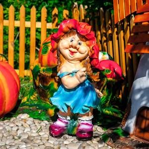 Садовая фигурка девочка