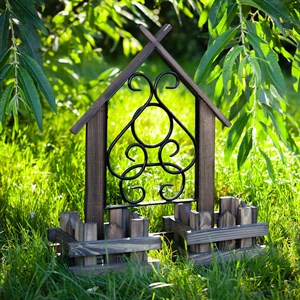 Подставка для цветов садовая